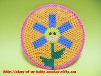アイロンビーズ作品:お花柄コースター